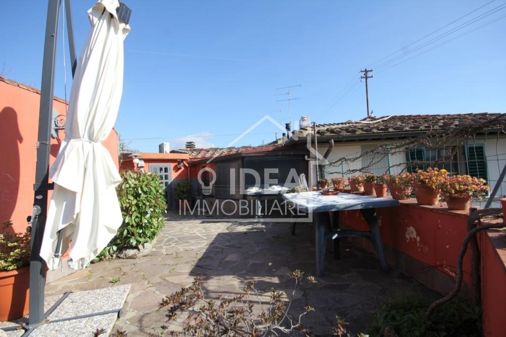 4 vani bolognese con giardino for Piani ponte veranda